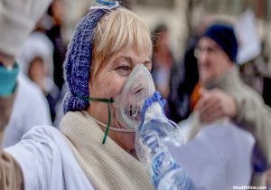 Should You Buy A Table Top Or Portable Nebulizer?